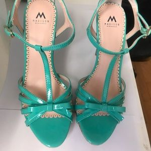 4 1/2 inch High heels with straps, turquoise